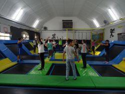 Czytaj więcej: Mikołajki w parku trampolin
